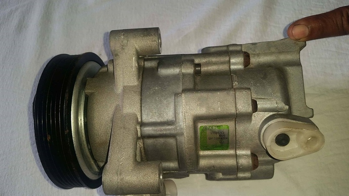 compresor-zexel-original-corsa-nissan-tiida-o-para-adaptar-D_NQ_NP_823529-MLV27656434456_062018-F